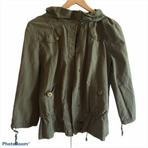 Olive green Daytrip button down hooded jacket